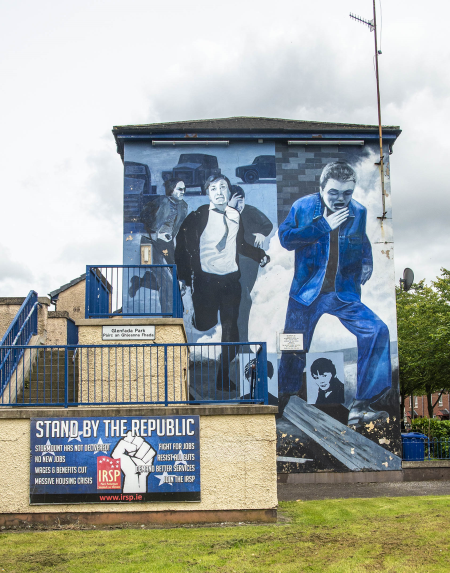 IRL4703 Mural depicting Operation Motorman, Derry
